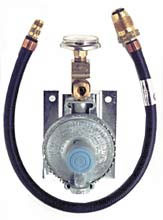 PROPANE REGULATOR-WALL MT W/GAUGE BKT & PIGTAIL